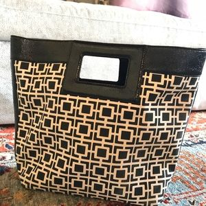 NWT ABSOLUTELY AWESOME BANANA REPUBLIC PURSE!!!